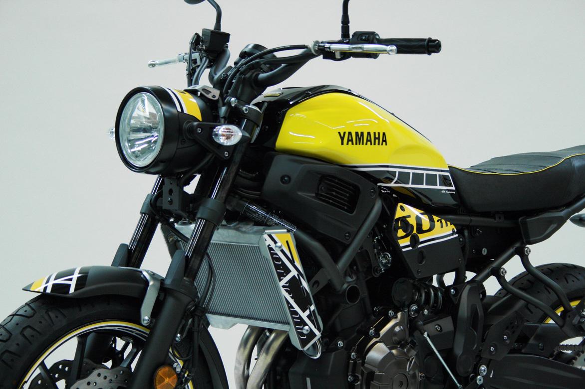 yamaha_xsr700_y_5.jpg